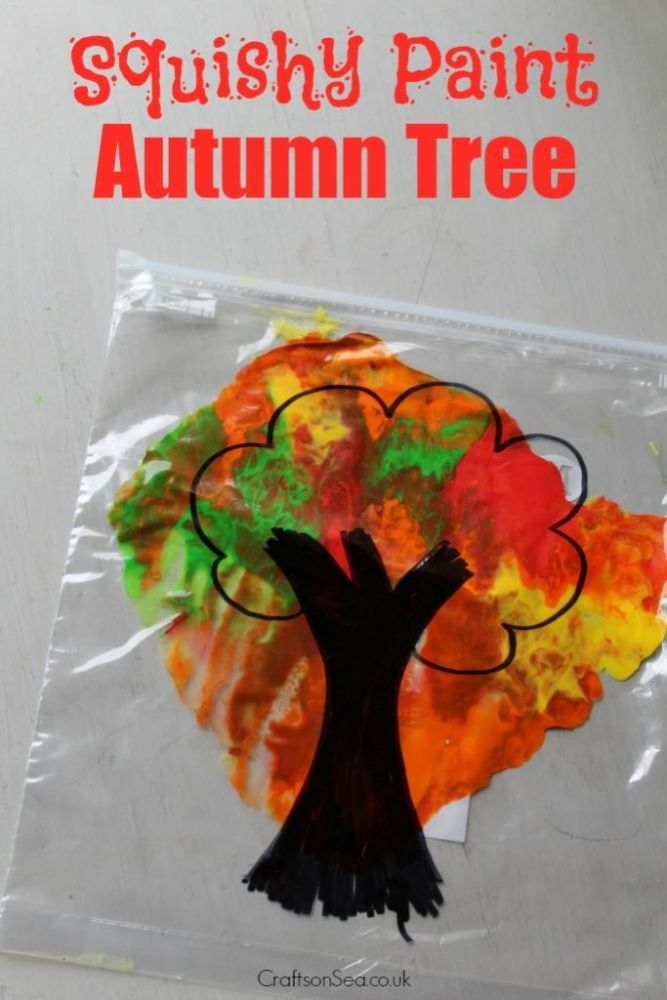Mess free autumn tree fall craft for toddlers