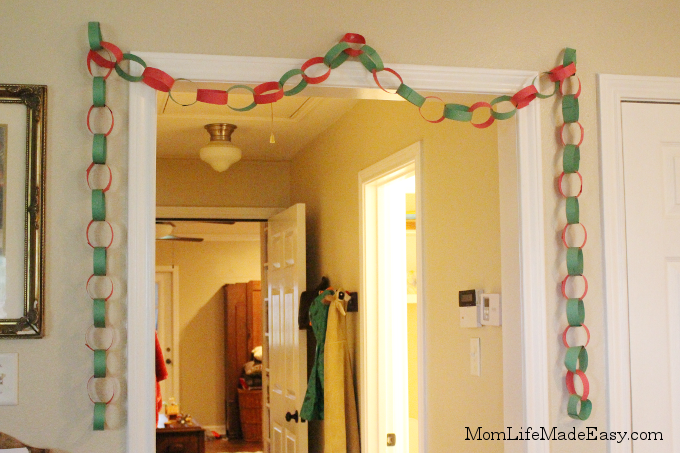 step by step guide to making paper chains with kids