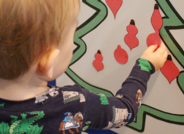 Fridge Christmas Tree Craft for Toddlers