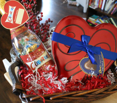 The Perfect { EASY} Valentine's Day Gift for Mom Friends